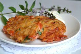 Лёгкие томатные оладьи (доматокефтедес)