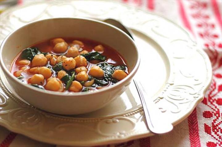 Нутовый суп с водорослями