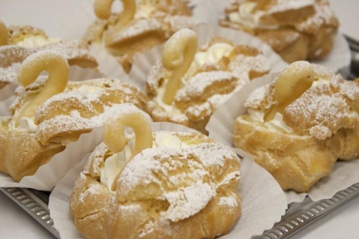 Пирожные «Лебеди»