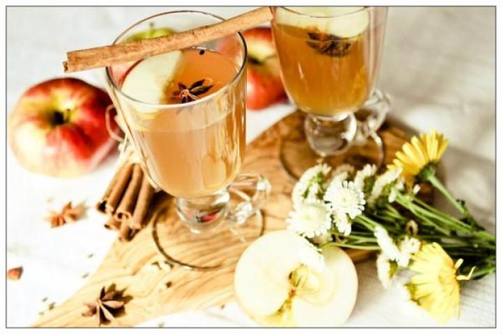 Mead, tangerine liqueur