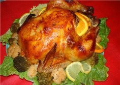 Курица, запеченная с ароматным сливочным маслом и чесноком