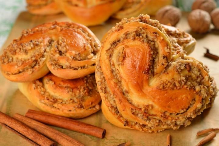 Royal buns